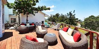 Picture of Wayn-Zen Onna Hotel in Onna