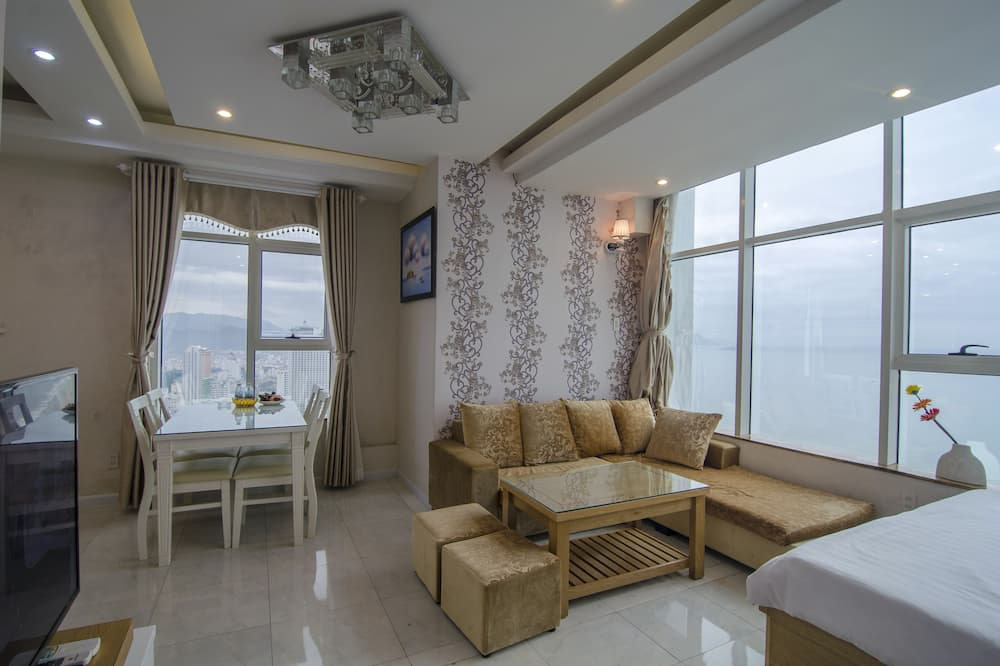 Apartment, 1 Bedroom, Sea View - In-Room Dining