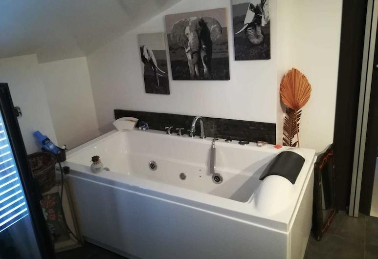 洛伊民宿, 夸尔图圣埃莱娜, 公寓, 2 间卧室, 深泡浴缸