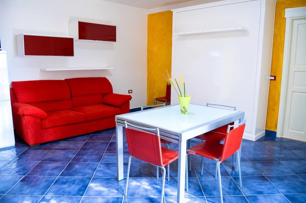 شقة إستديو سوبيريور - بشرفة - منطقة المعيشة