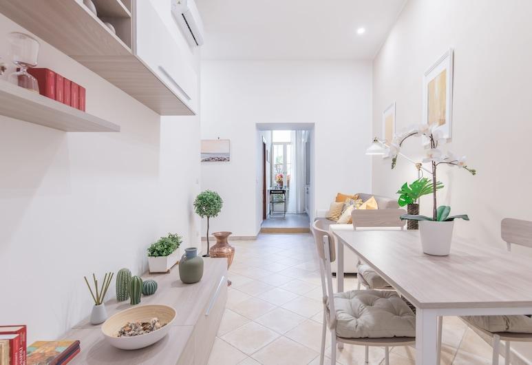 Neapolitan Suites, Neiplsas, Apartamentai su patogumais, 2 miegamieji, vaizdas į kiemą, Svetainė
