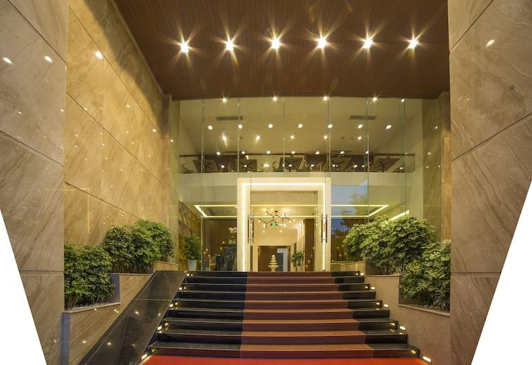 君子蘭飯店, 峴港, 飯店入口