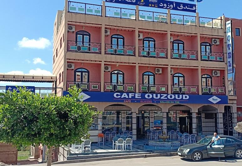 Hotel Ouzoud, Bzou, Hotellets facade