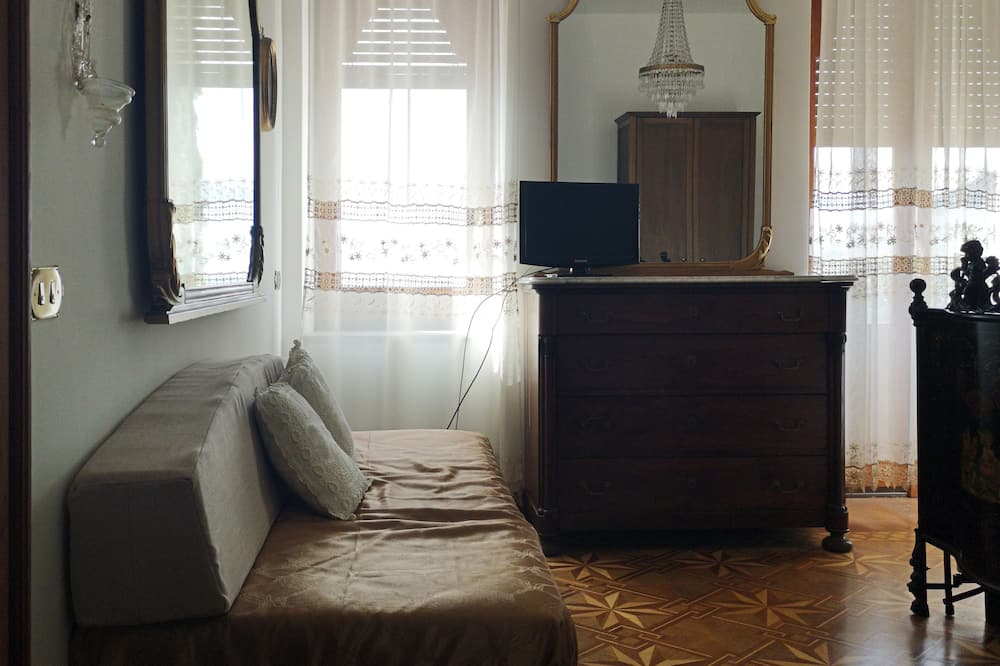 Deluxe Double or Twin Room, Jetted Tub, Sea View - Guest Room