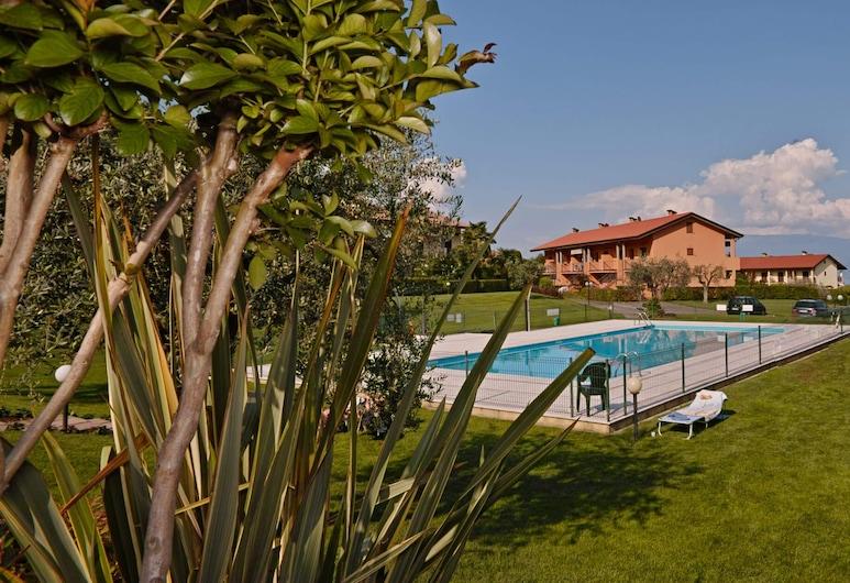 Appartamento Patrizia, Puegnago del Garda, Välibassein