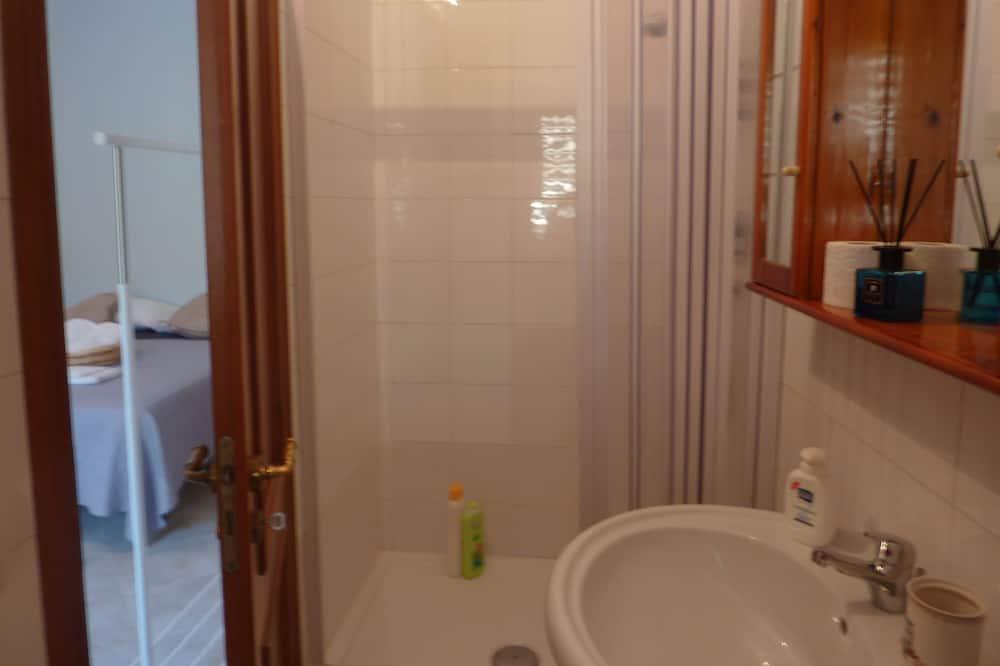 四人房, 多張床 - 浴室