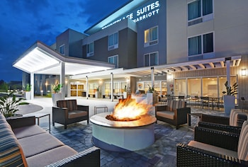 布拉登頓西布雷登頓薩拉索塔萬豪唐普雷斯套房酒店的圖片