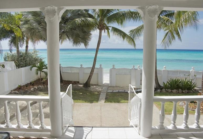 Amazing Beach Front Villa on the South Coast, Worthing