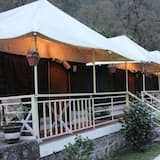 Luxury Tent, 2 Double Beds - Guest Room