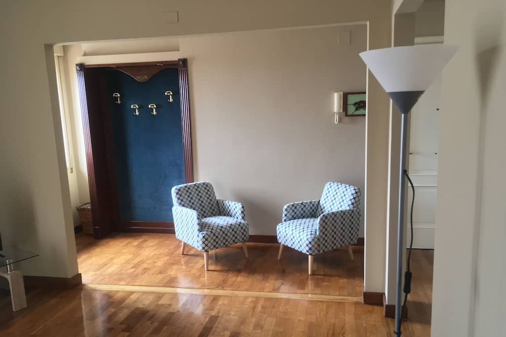 Panoramic-Penthouse, 2Schlafzimmer, Meerblick - Wohnzimmer