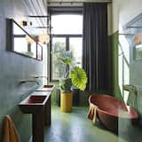 Design Room (XL) - Bathroom