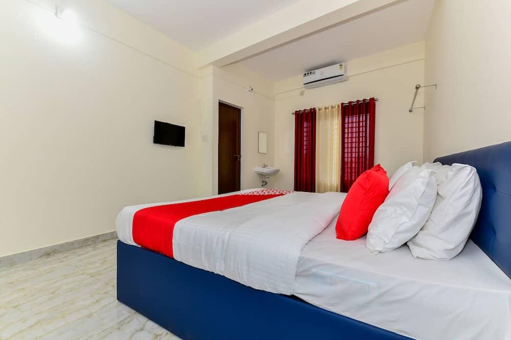 Двомісний номер (1 двоспальне або 2 односпальних ліжка) - Номер
