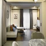 Darījumklases dzīvokļnumurs, skats uz pagalmu (R9) - Dzīvojamā istaba