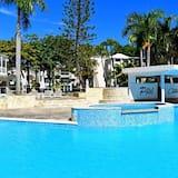 Dobbeltrom – standard, 1 kingsize-seng, utsikt mot basseng - Bar ved bassenget