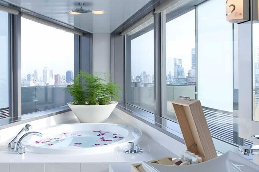 Junior Suite King - Bathroom