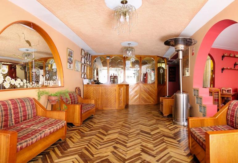 Hotel Margarita, פונו, קבלה