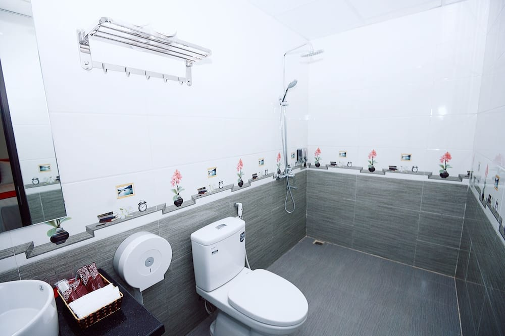Quarto Standard, 1 cama king-size - Casa de banho