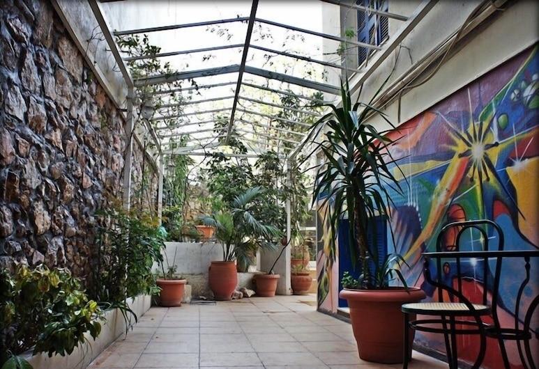 Dioskouros Hostel, Atenas, Terraço/pátio