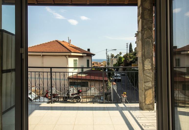 Profumo di Mare, Sanremo, Dobbeltrom – deluxe, 1 soverom, balkong, delvis utsikt mot sjø, Terrasse/veranda