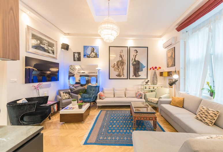 Oasis Apartments - Castle District I, Budapeszt, Apartament typu Elite, Wiele łóżek, widok na dziedziniec, Salon