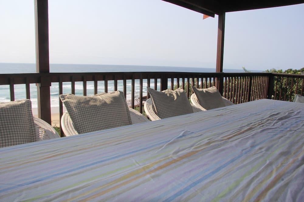 House, 5 Bedrooms - Terrace/Patio
