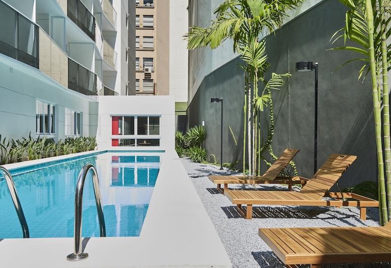 Nomah Luz, Sao Paulo, Pool