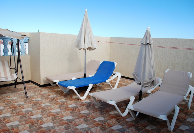 Apartment With 2 Bedrooms in Mirleft, With Wonderful City View and Furnished Terrace - 500 m From the Beach, Mirleft, Terasa
