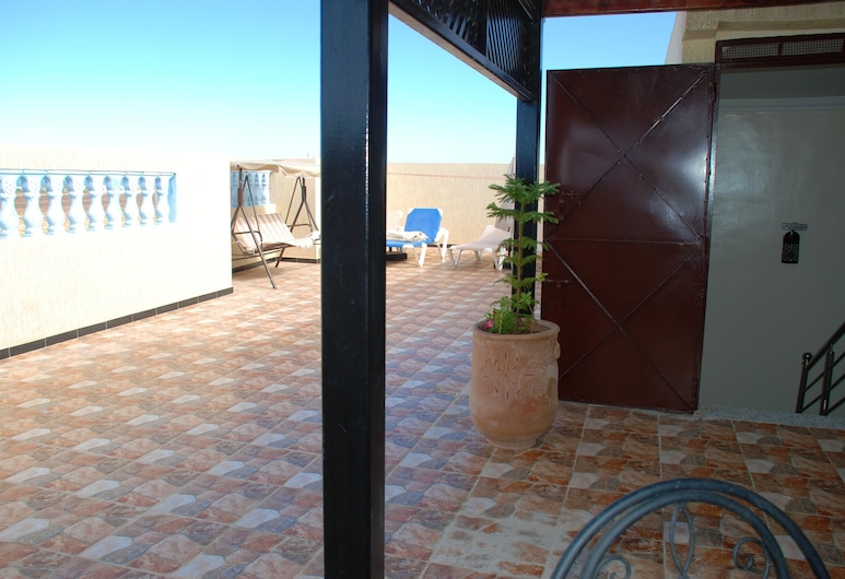 Apartment With 2 Bedrooms in Mirleft, With Wonderful City View and Furnished Terrace - 500 m From the Beach, Mirleft, Terasa / vidinis kiemas