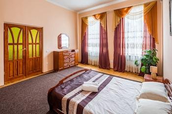 Fotografia do Three rooms in the center on Kulisha em Lvov
