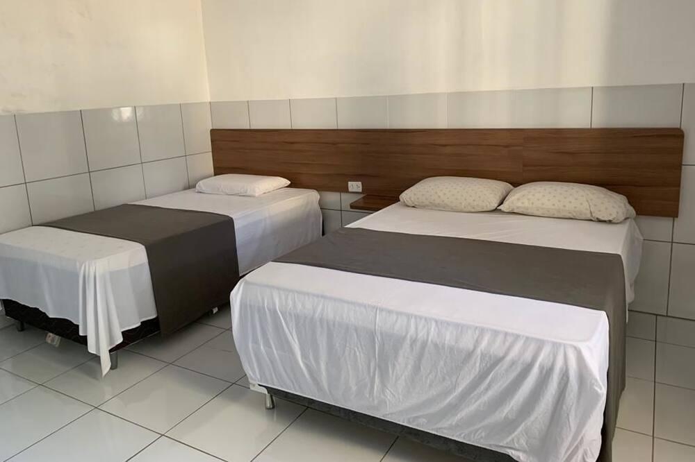 Chambre Triple, plusieurs lits - Chambre