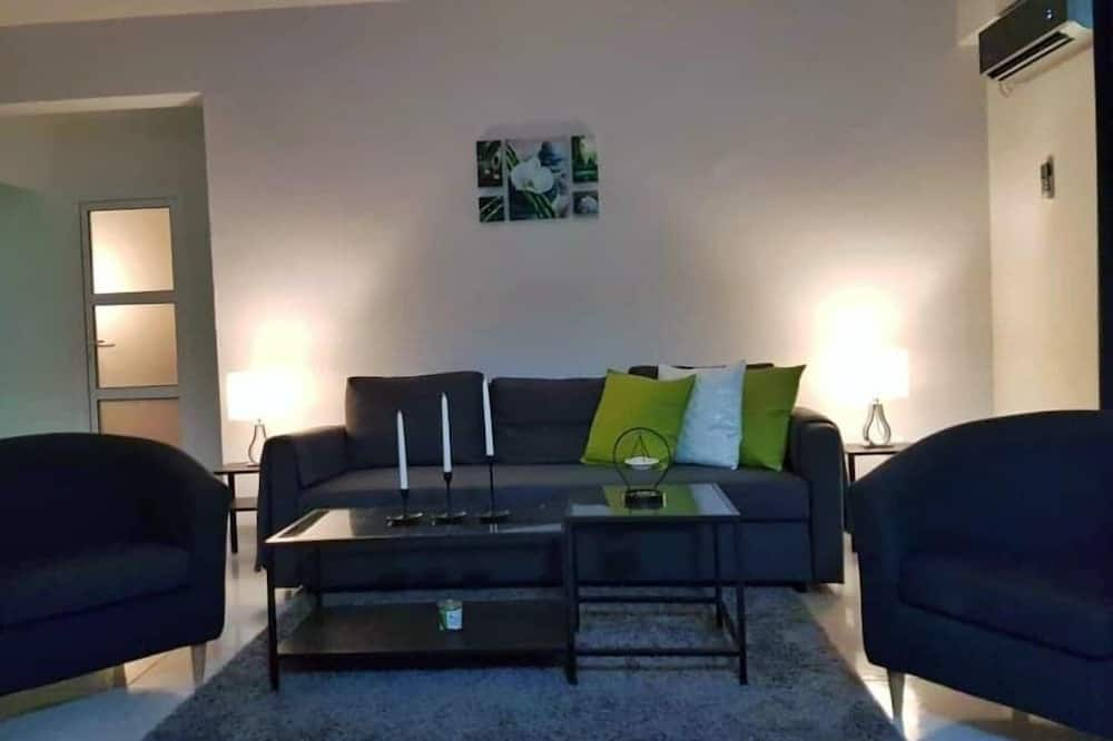 Standard Apartment, 1 Double Bed with Sofa bed - Living Area