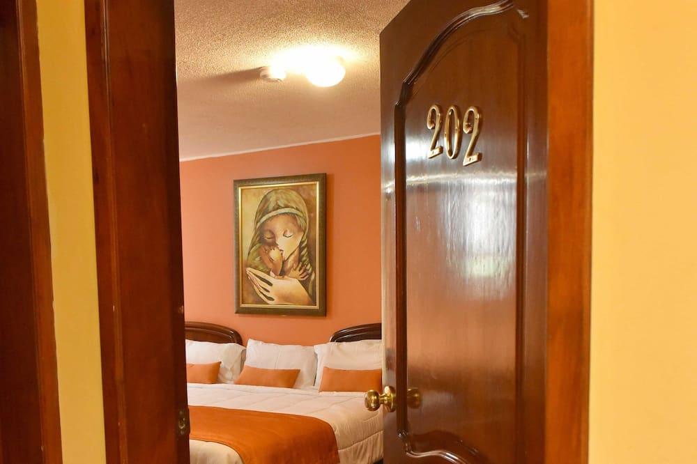 Suite, 1 grand lit - Chambre