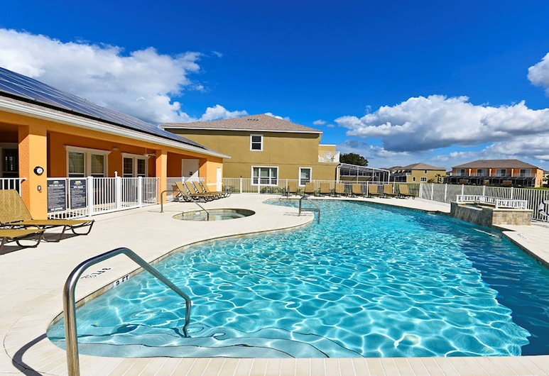 Serenity 17534, Clermont, Townhome, 3 Bedrooms, Outdoor Pool