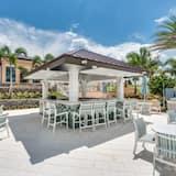 Resortwoning, 4 slaapkamers - Poolbar