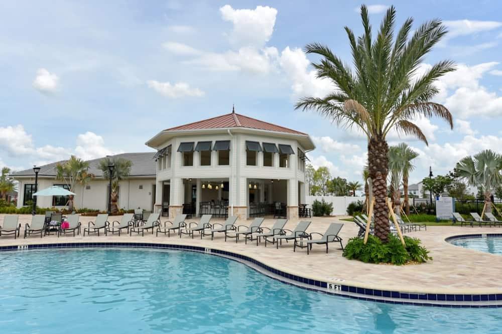 Dům, 5 ložnic - Venkovní bazén