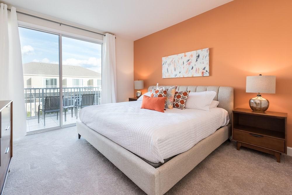 Townhome, 3 Bedrooms - Room