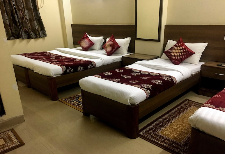 Aman Hotel CST, Mumbai, Deluxe Quadruple Room, Multiple Beds, Guest Room