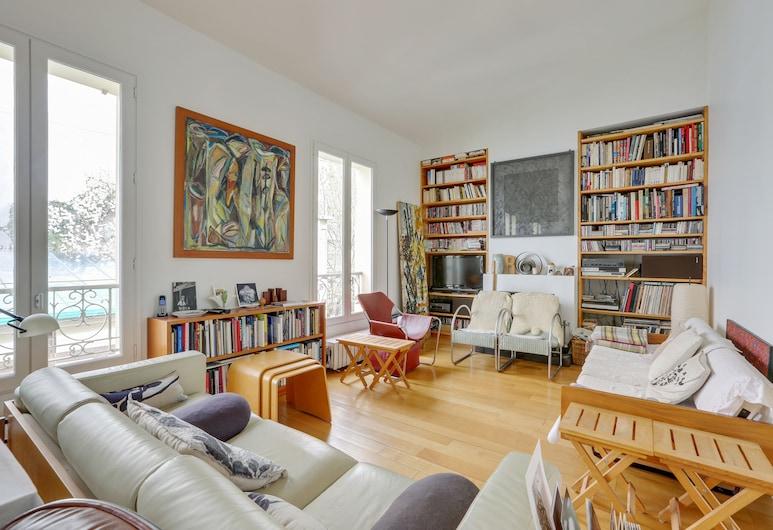 Design architect apartment by Weekome, Paris