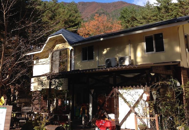 PENSION Zozan, Фудзікавагутіко