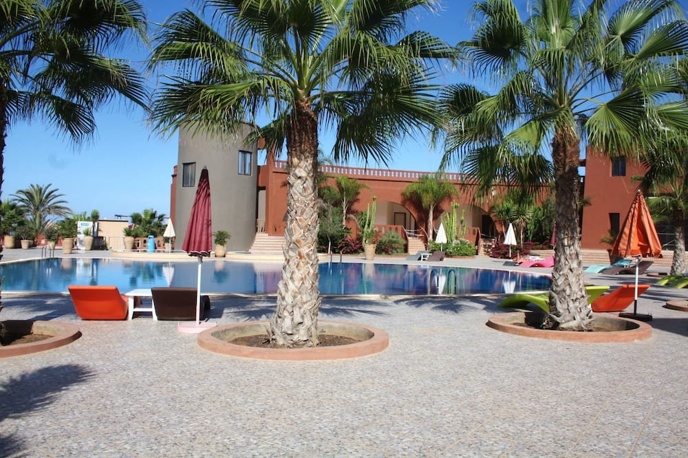 House With 4 Bedrooms in Mirleft, With Wonderful sea View, Shared Pool, Furnished Terrace - 100 m From the Beach