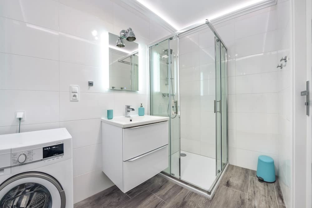 Apartment (2b) - Bilik mandi