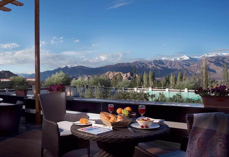 Digantaa Spa Resort, Nainital, Speisen im Freien