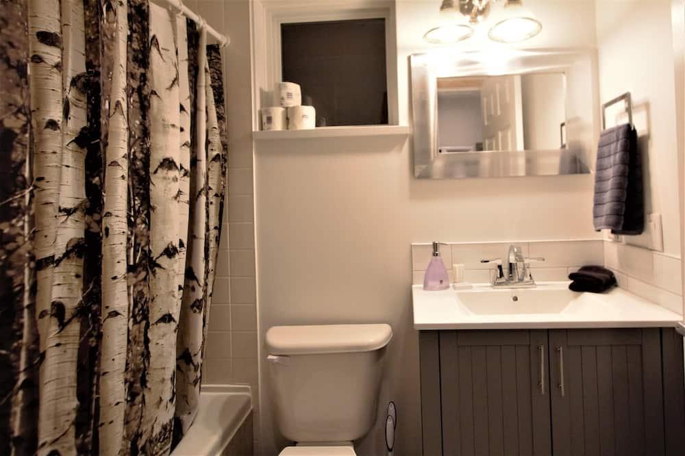 Cabin, 1 Bedroom - Bathroom