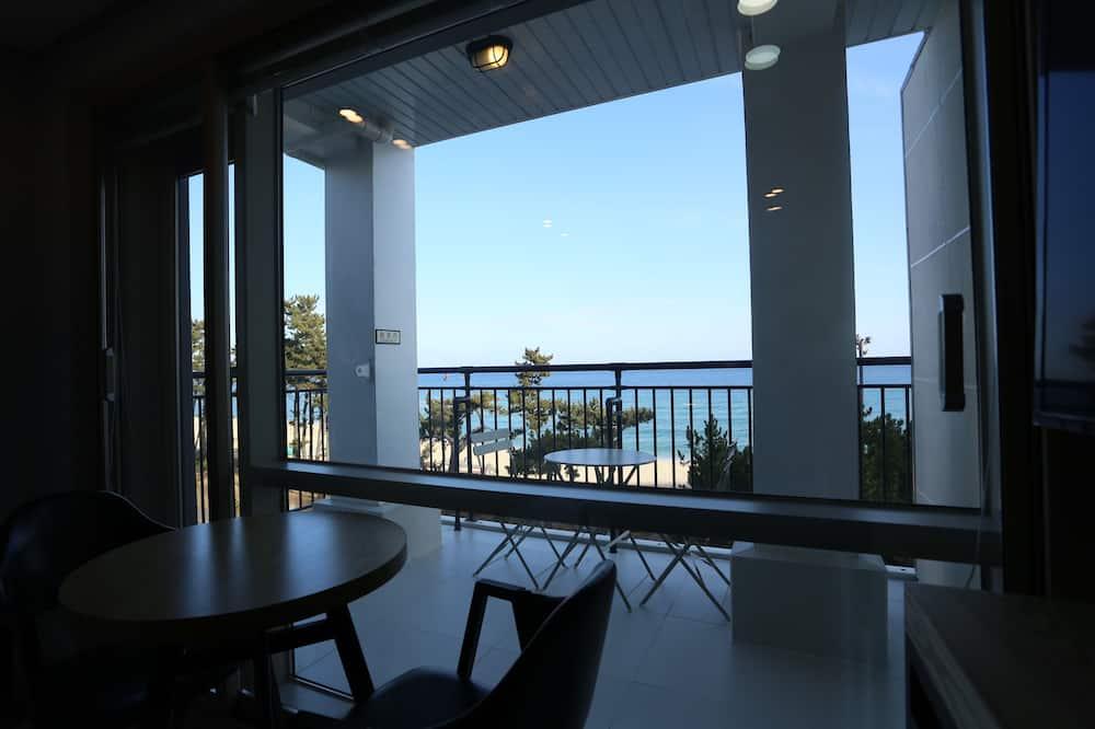 חדר סופריור זוגי, טרסה, נוף לאוקינוס - מרפסת