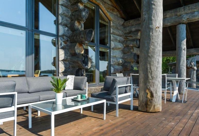 Vacation Home Villa Pärla in Olhava - 6 Persons, 3 Bedrooms, Ii, Rõdu