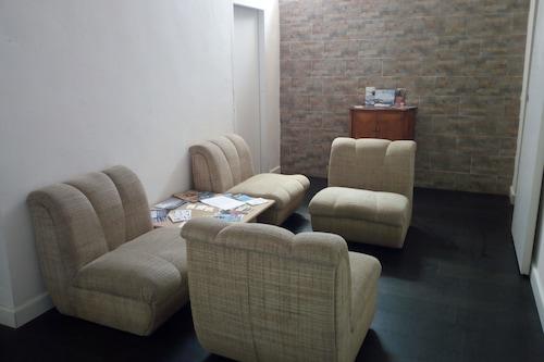 魯索公寓飯店/