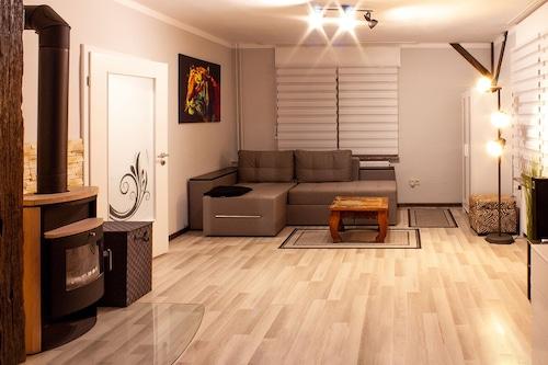 Apartment-Buren