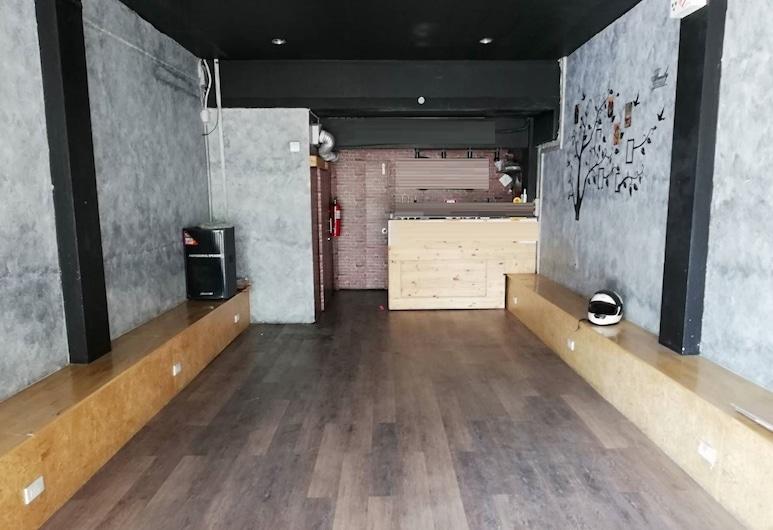 Kosum 38 - Hostel, Bangkok, Standard Double Room with Shared Bathroom, Woonruimte