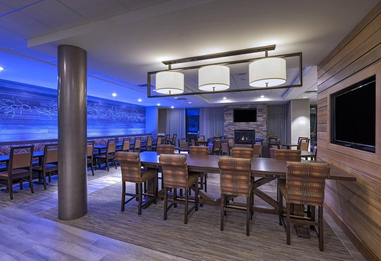 Fairfield Inn & Suites by Marriott Colorado Springs East/Ballpark , Colorado Springs, Pomieszczenie śniadaniowe