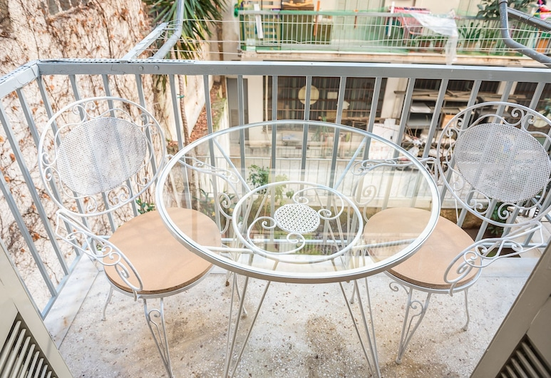 Vintage Athens Apartment  by Cloudkeys, Athens, City Apartment, 2 Bedrooms, Balcony